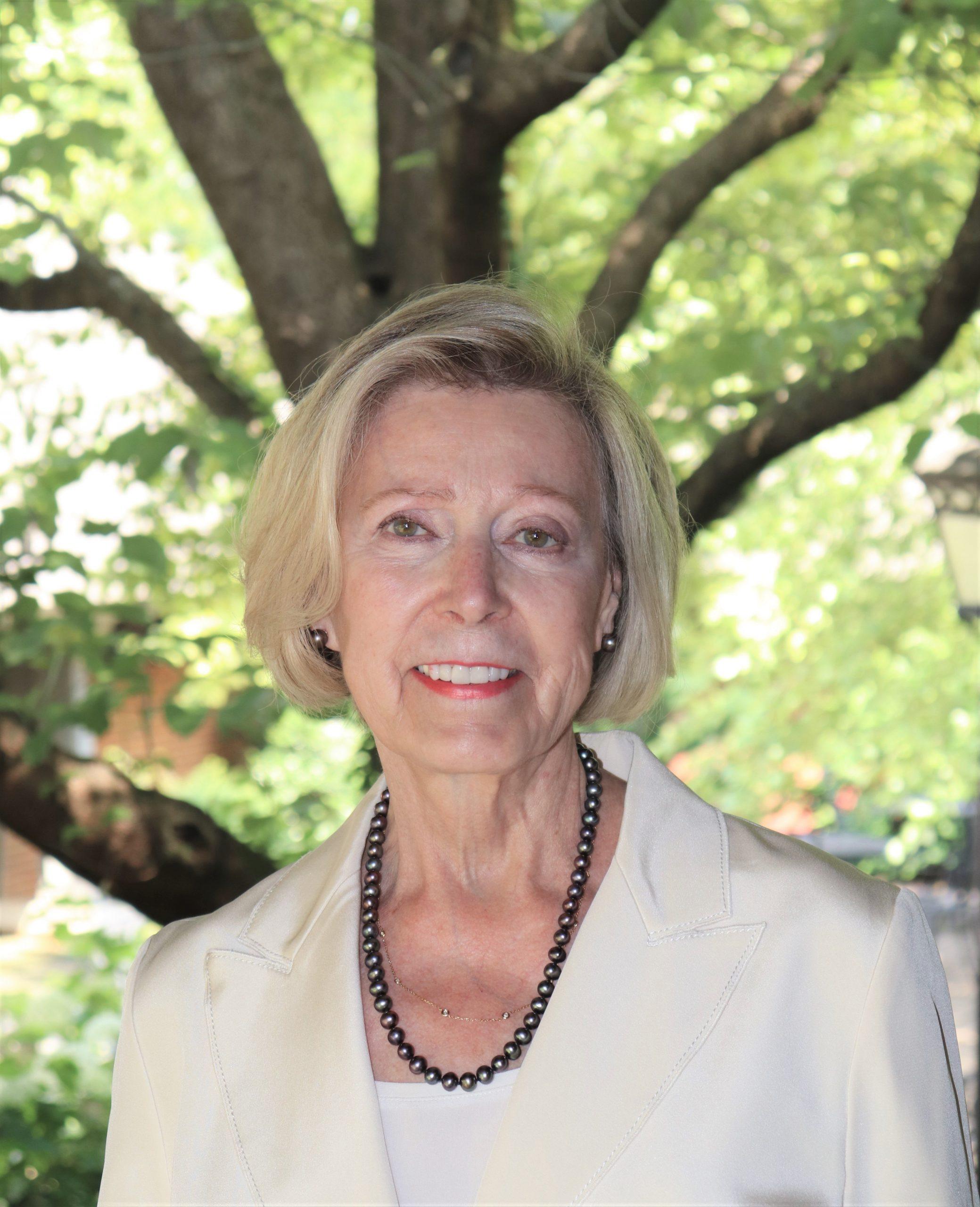 Sheila Cloud Headshot